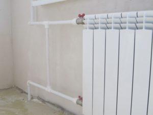 Подключение радиатора полипропиленом белого цвета