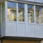 Остекление балкона: виды, особенности, технология