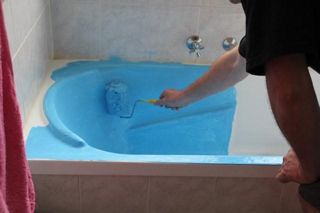 Чем покрасить ванну